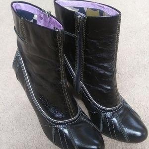 Kensie Black Ankle Platform Boots SZ 8.5